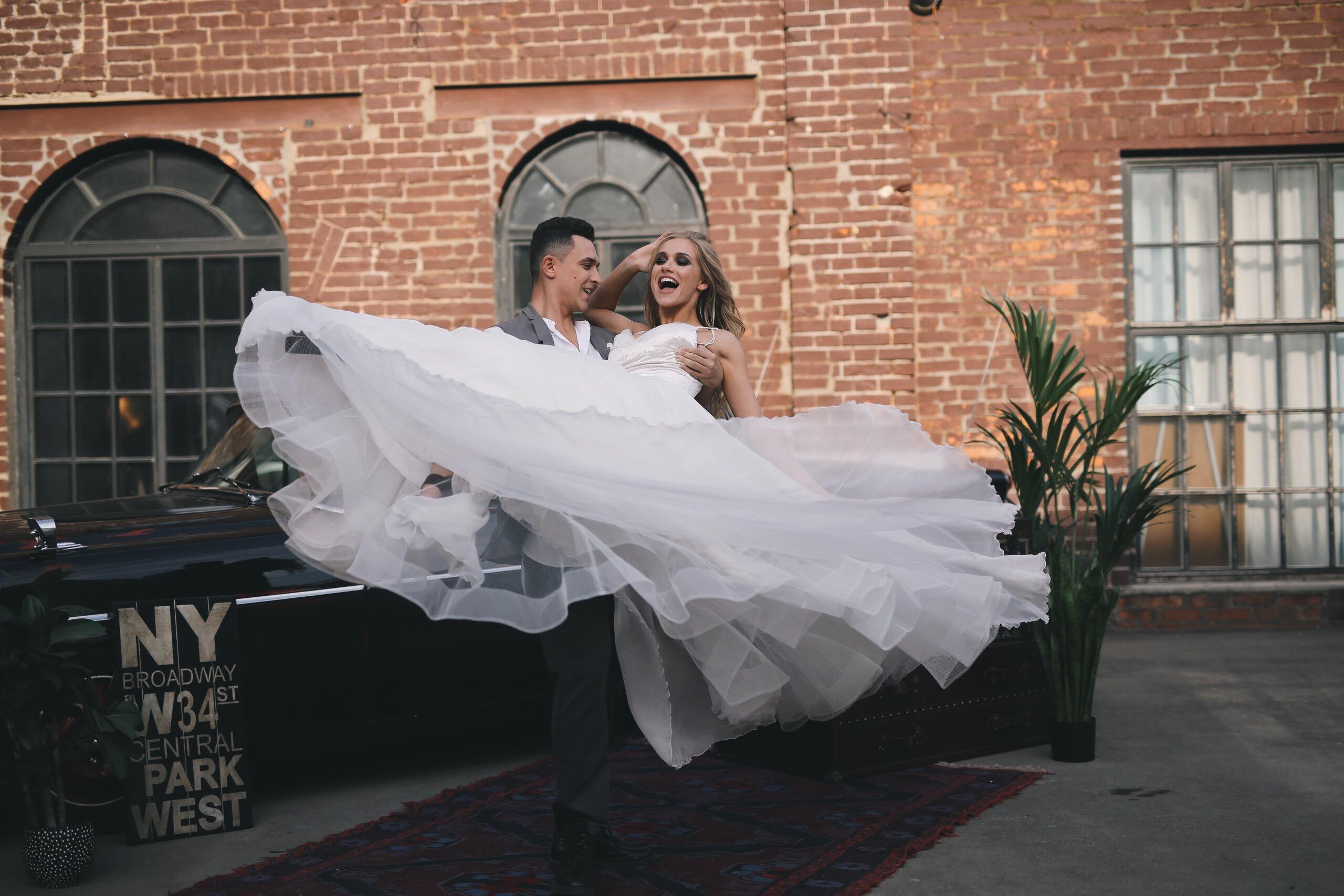 Подготовка к свадьбе в 27 гифках