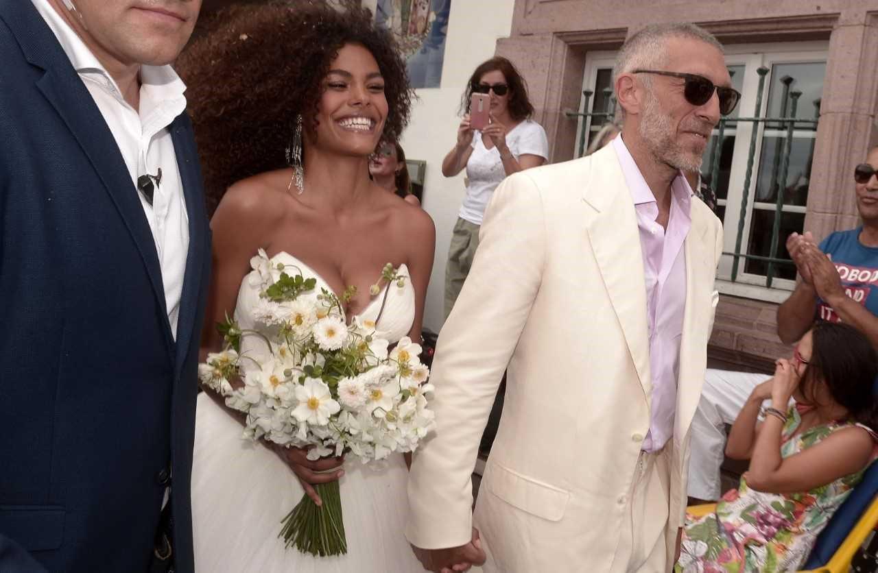 Все, что мы знаем о свадьбе Венсана Касселя и Тины Кунаки