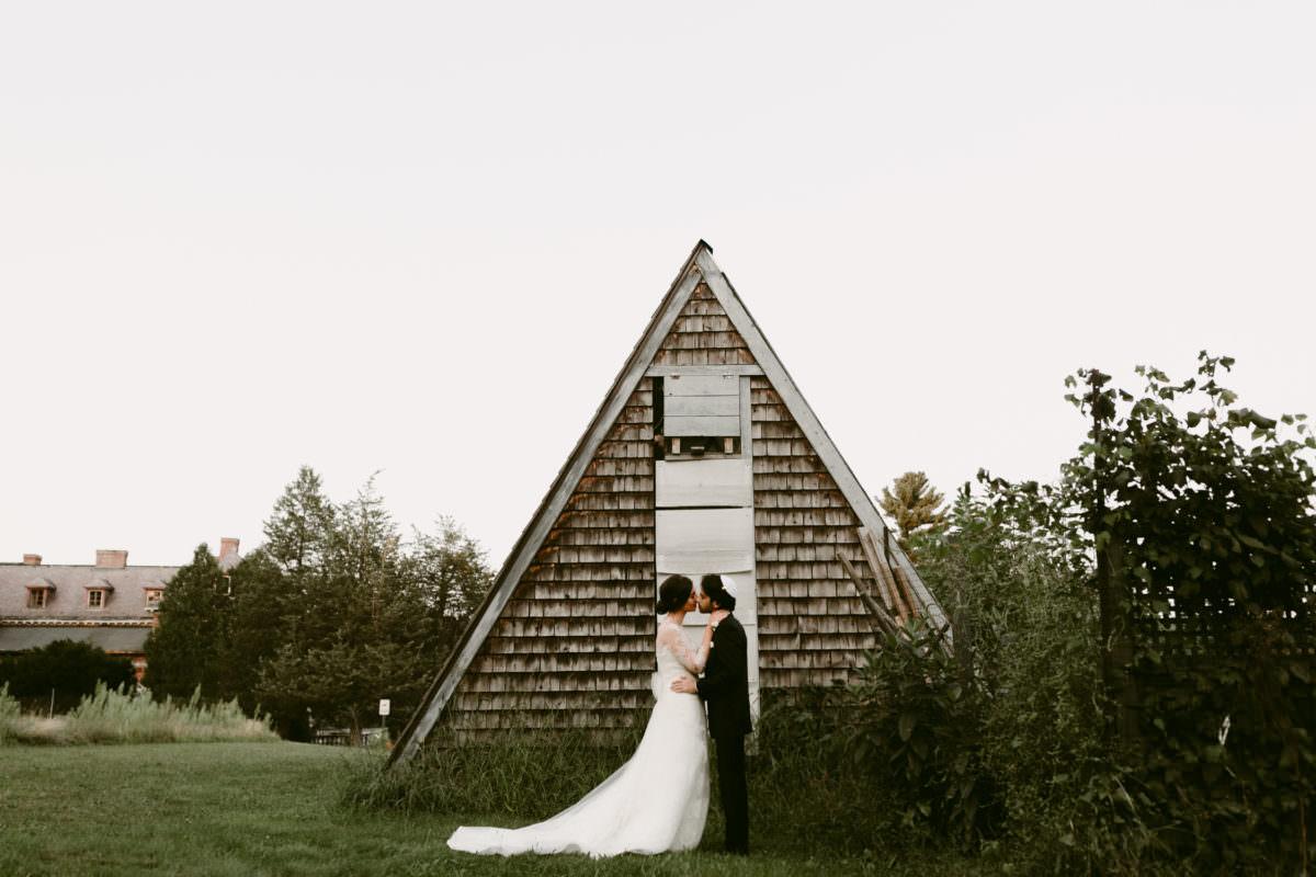 Найти общий язык: как организовать двуязычную свадьбу
